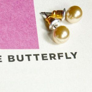 zchec crystal beige pearl studs
